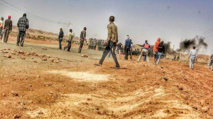 Algerian anti-fracking2