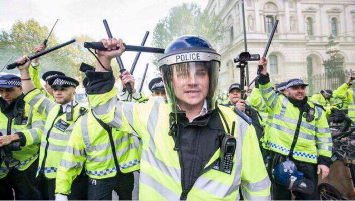 London protest cops