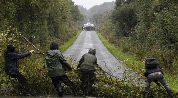 Afbeeldingsresultaat voor The ZAD: an autonomous zone in the heart of France