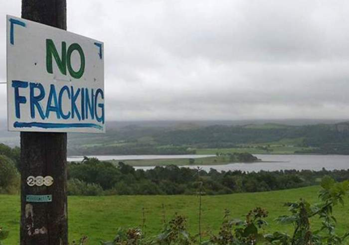 nofracking sign