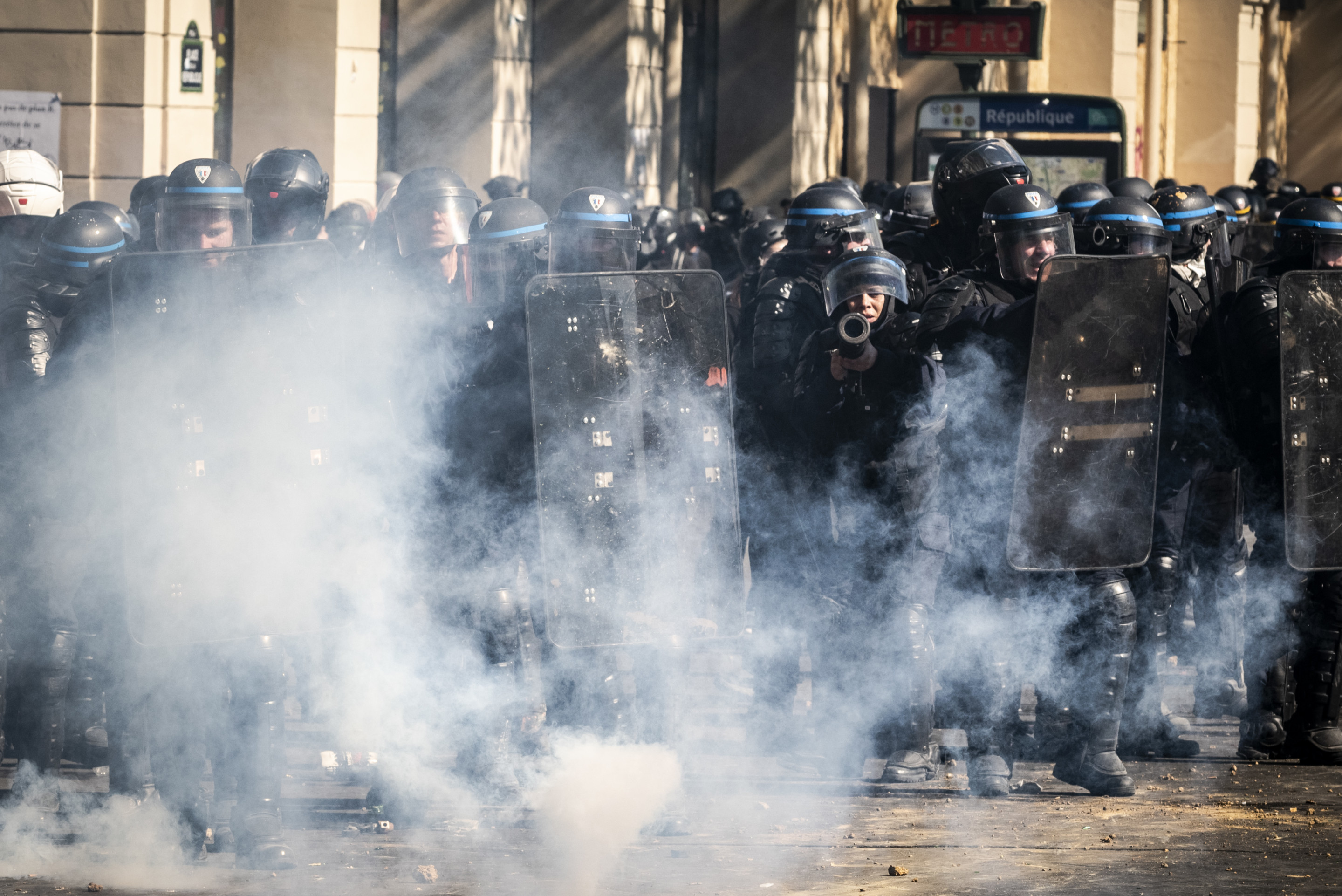 Act 23 of the Yellow Vests in Paris