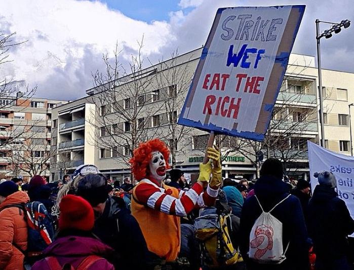 ks davos protest4