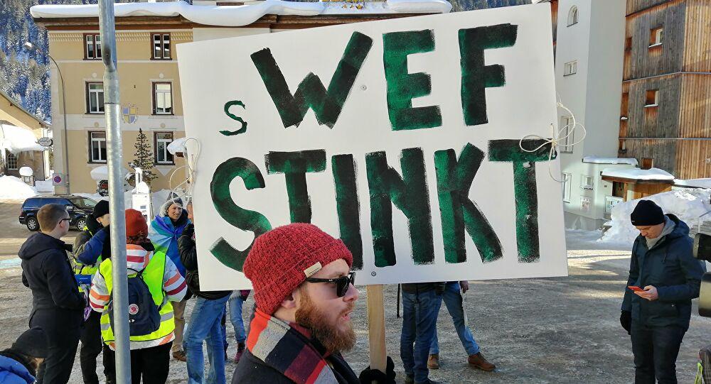ks davos protest6