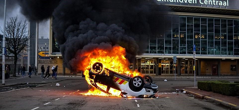 Netherland riots2